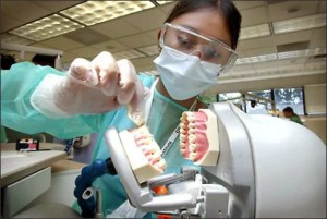 university of washington dental school requirements